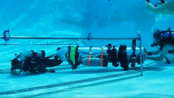 Elon Musk's mini submarine