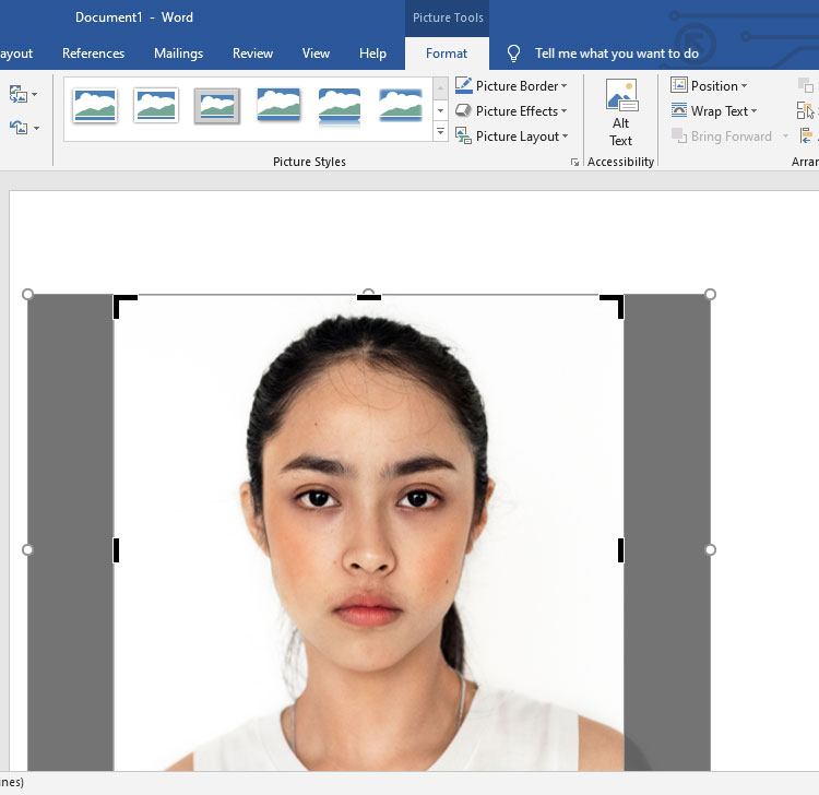 Crop picture in Microsoft Word